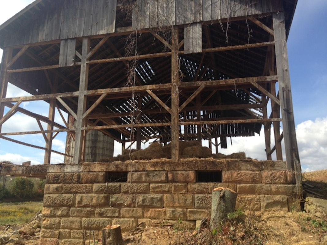 Reclaimed Barn Foundation Stone Experienced Brick And Stone