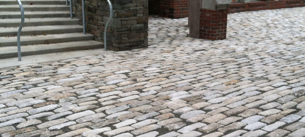 Reclaimed Regulation Granite Cobblestones | Experienced